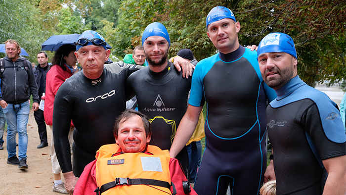 Philips Prague swims for ALS
